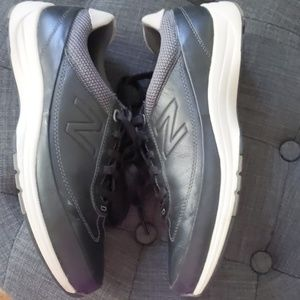 New Balance Black Leather Sneakers sz 10